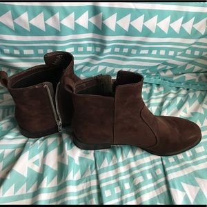 NWOT Brown Ankle Boots